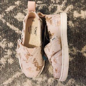 NWOB**TOMS Tiny Alpargata Canvas Shoe